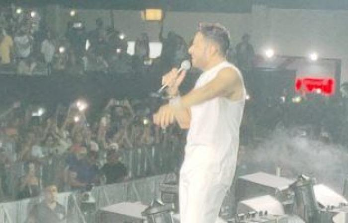 """Saheel starts the party with the song """"Nefsi Be Near Him"""" by Mohamed Hamaki .. Video"""