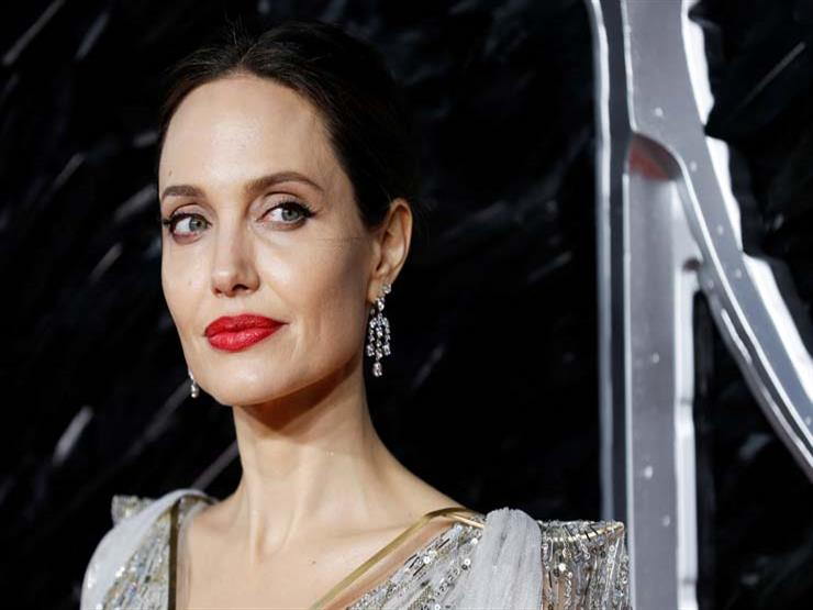 """Angelina Jolie joins """"Instagram"""" to post the Afghanistan message """"I ..."""