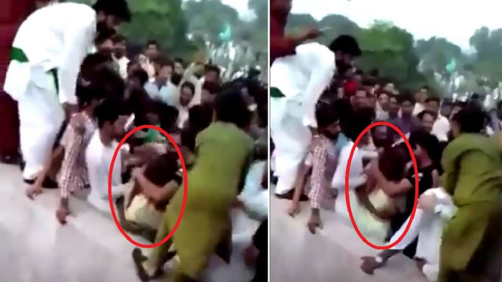 They beat her with their shoes and took off her clothes .. Hundreds of men brutally attacked a Pakistani woman - Politics - International Variety