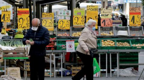 Inflation challenges European center Middle East
