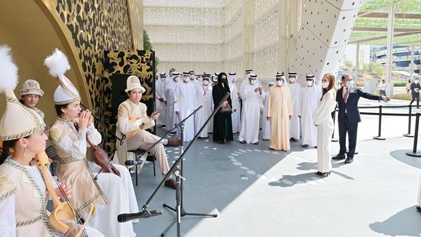 Mohammed bin Rashid visits pavilion in Kazakhstan at Dubai Expo 2020