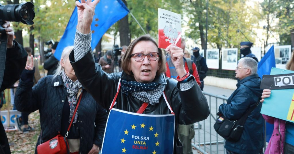 """European Review: News confirms Poland wants to stay in EU after """"sensational"""" court ruling"""
