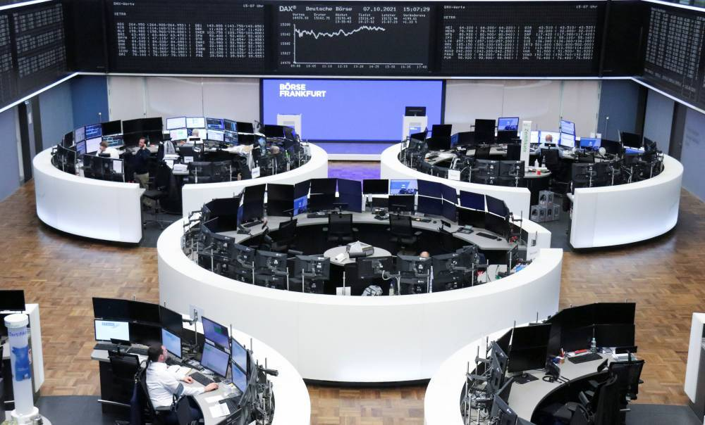 "European stocks fall ... and ""Japanese"" follow Wall Street"